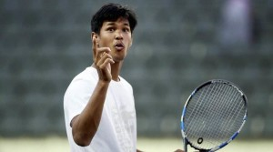 Chennai: Indian tennis player Somdev Devvarman during a practice session ahead of the ATP Chennai Open 2017 at SDAT Tennis Stadium in Chennai on Thursday. Somdev is not participating in the tournament. PTI Photo by R Senthil Kumar(PTI12_29_2016_000182A)